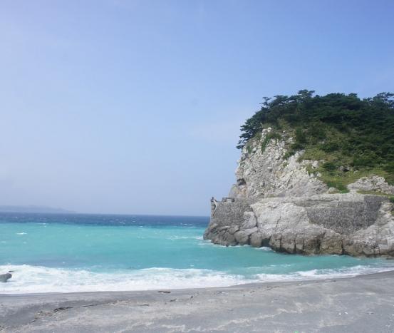 5 praias para surfar no Japão